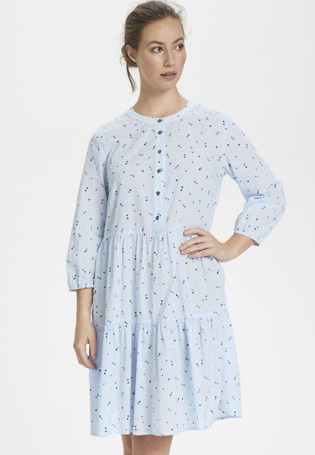 CUNENE - Korte jurk - cashmere blue
