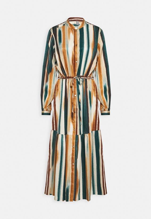 MOIRA DRESS - Shirt dress - june bug