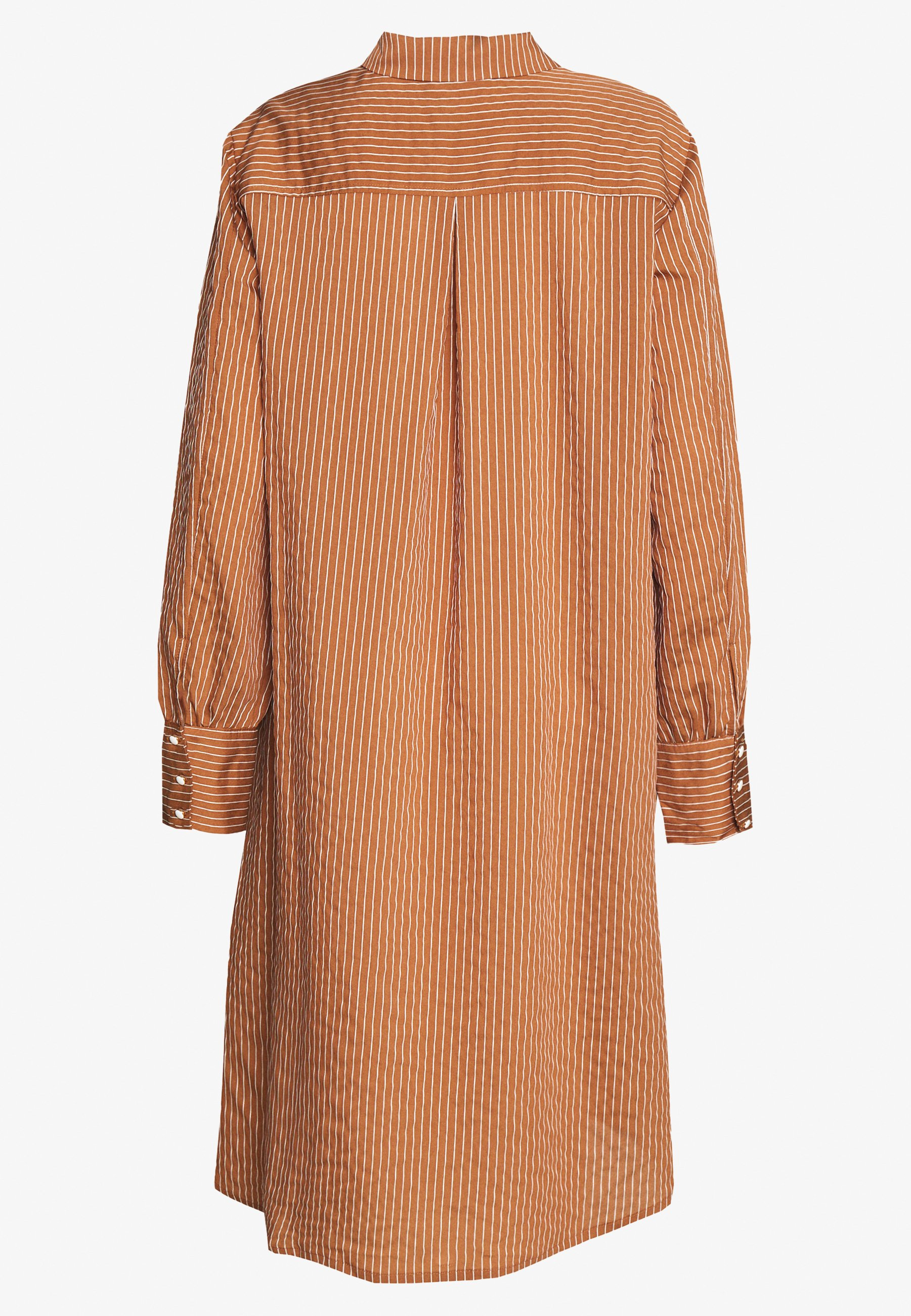 Culture Cunathleen Dress - Robe Chemise Lion/white 0wxTmvs