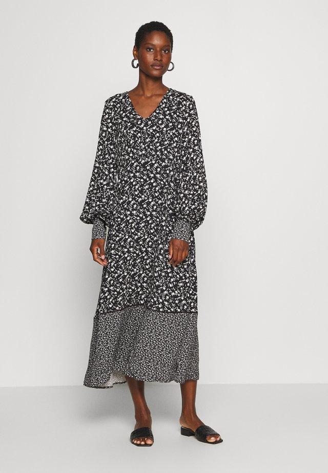 CUNANCY DRESS - Korte jurk - black