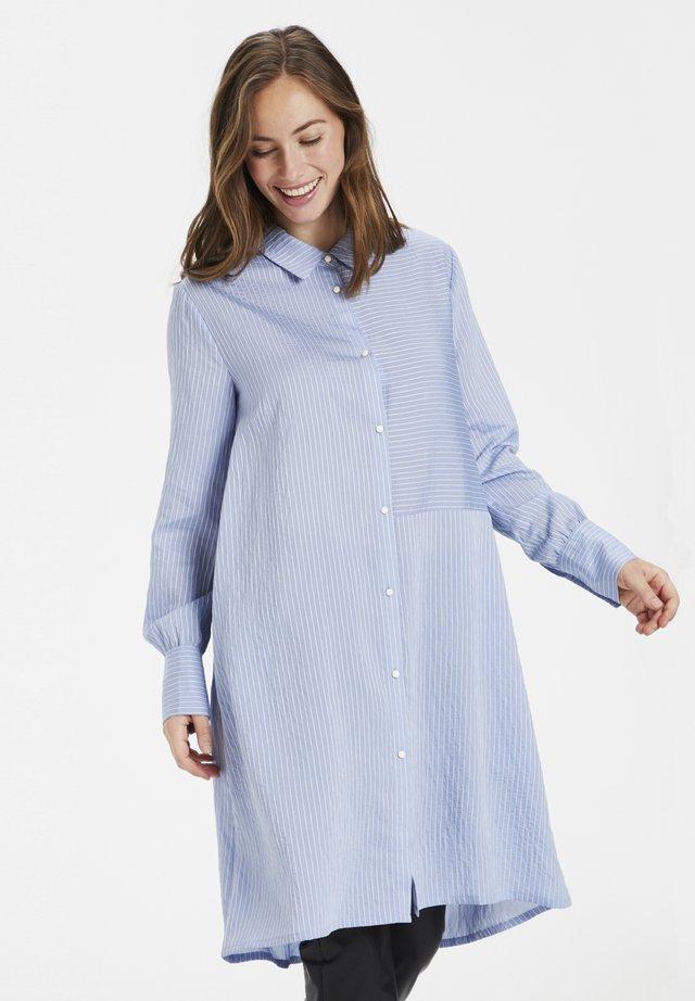 Paitamekko - cashmere blue/ white striped