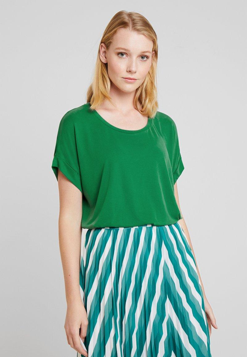Culture - KAJSA - T-shirt basique - verdant green
