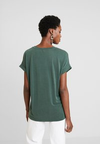 Culture - KAJSA - T-shirt basic - pine grove - 2