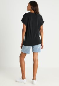Culture - KAJSA - T-shirts - black wash - 2