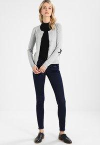 Culture - ANNEMARIE CARDIGAN - Vest - light grey melange - 1