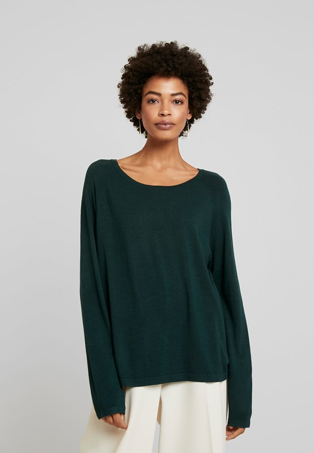 ANNEMARIE SOLID JUMPER - Strickpullover - pine grove solid