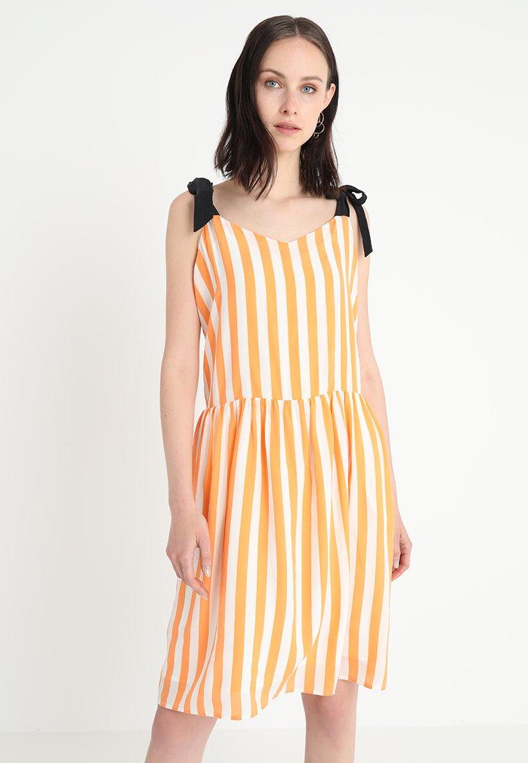 Custommade - RAQUEL - Day dress - orange paradis
