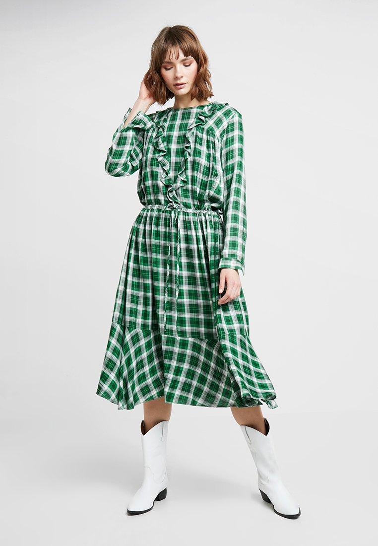 Custommade - MALIN - Maxi dress - pineneedle