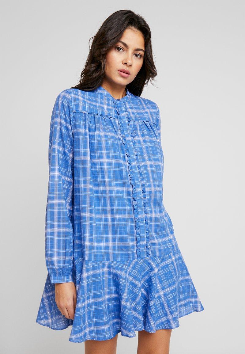 Custommade - NALINI - Skjortklänning - blue yonder