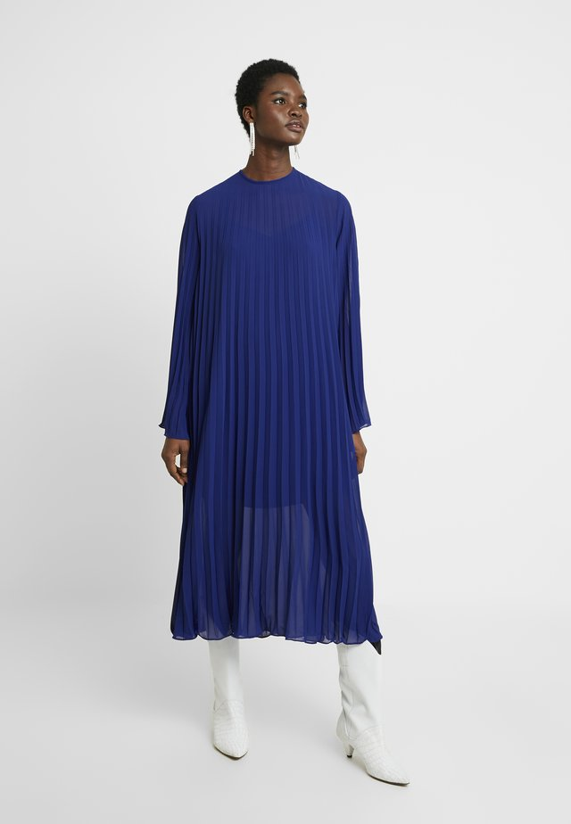 AGATE - Day dress - clematis blue
