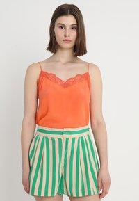 Custommade - POULINE - Linne - vermillion orange - 0