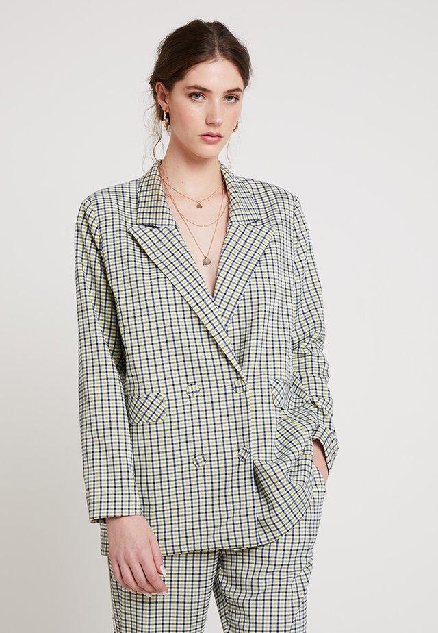 TUA - Short coat - afterglow