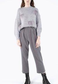 CUBIC - Pantalon classique - dark grey - 4