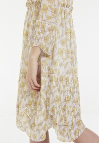CUBIC - Robe d'été - yellow - 6