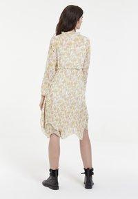 CUBIC - Robe d'été - yellow - 3