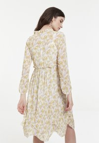 CUBIC - Robe d'été - yellow - 2