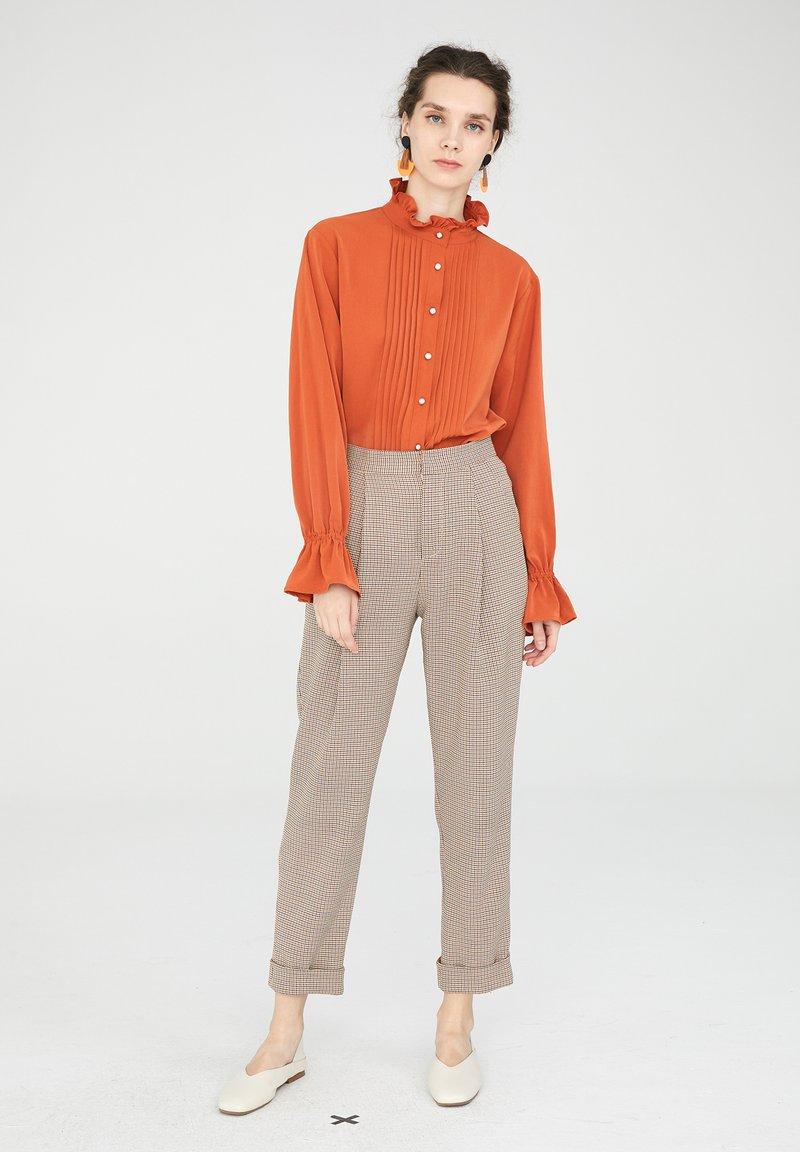 CUBIC - Chemisier - orange