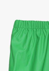 CeLaVi - BASIC RAINWEAR SUIT SOLID - Kalhoty do deště - green - 4