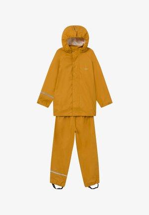 SET - Waterproof jacket - mineral yellow