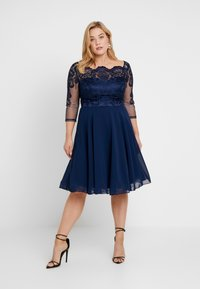 Chi Chi London Curvy - CARMELLA DRESS - Cocktail dress / Party dress - navy - 1