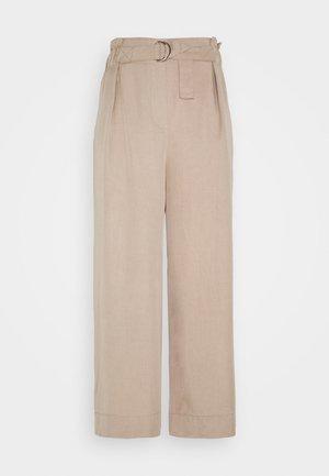 TROUSERS DAYA - Pantalones - beige