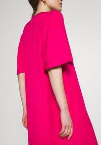 Carin Wester - DRESS FRANCES - Denní šaty - brightrose - 5