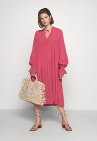 Carin Wester - DRESS FATOU - Day dress - hollyberry - 1