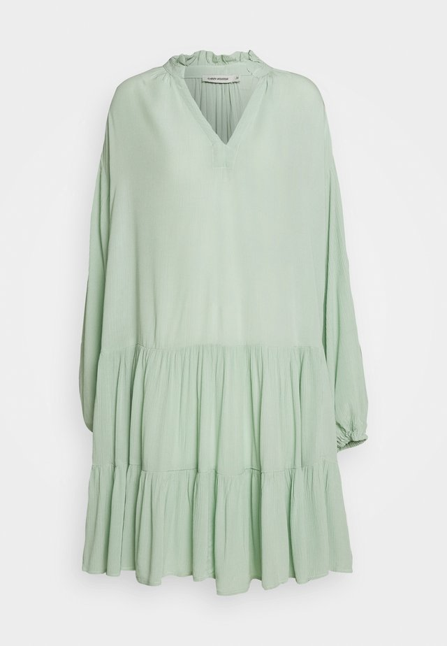 DRESS INES - Sukienka letnia - slit green