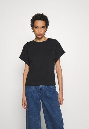 STORM - T-shirts - black