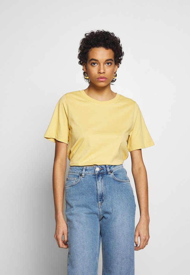 SAFFI - T-shirts basic - yellow