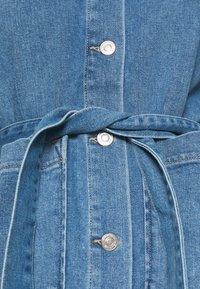 Carin Wester - JACKET YVIS - Džínová bunda - denim blue - 6