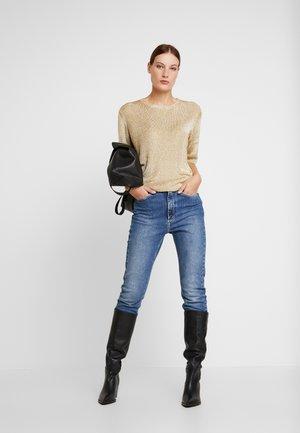 ERICA - T-Shirt print - gold