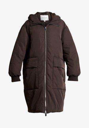 COAT ODETTE - Vinterkåpe / -frakk - brown