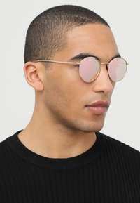 CHPO - LIAM - Sunglasses - rosegold-coloured/pink - 1