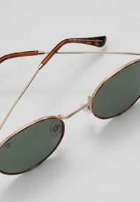 CHPO - LIAM - Sonnenbrille - turtle brown/green - 4