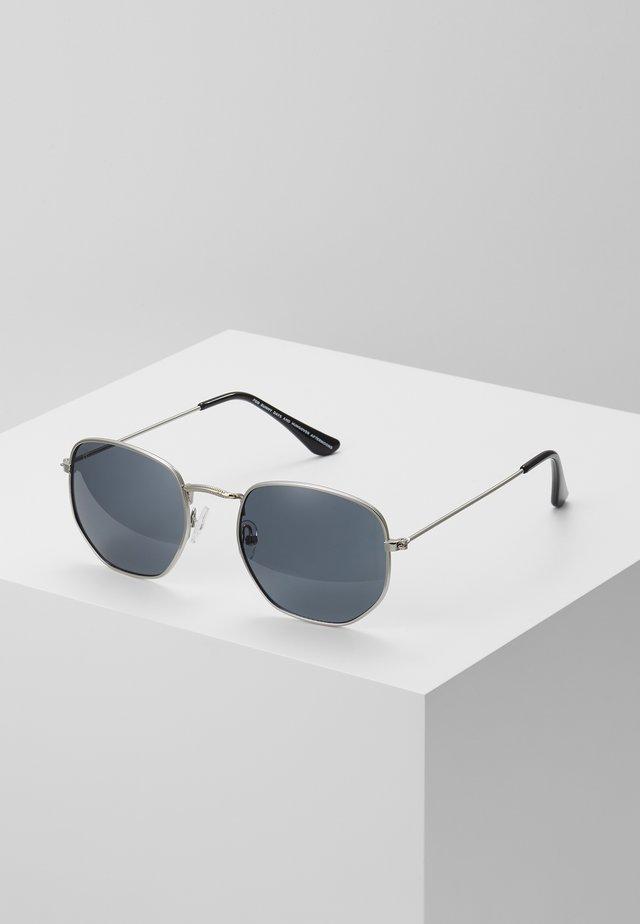 IAN - Zonnebril - silver-coloured/black