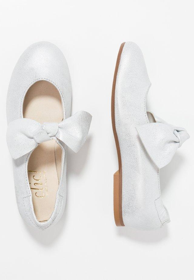 Ballerinaskor med remmar - bianche/plata