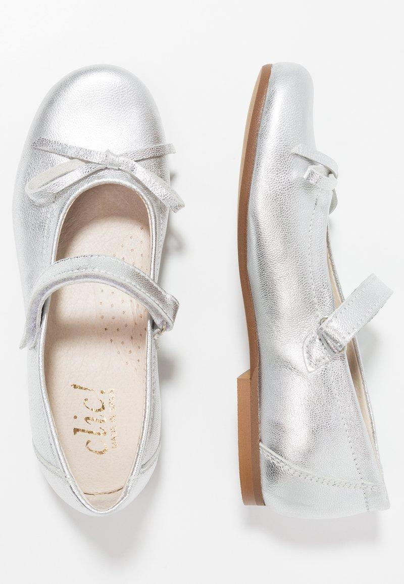 clic! - Ankle strap ballet pumps - eclat plata