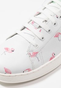clic! - PRINT  - Sneakers - blanco/pink/silver green - 2