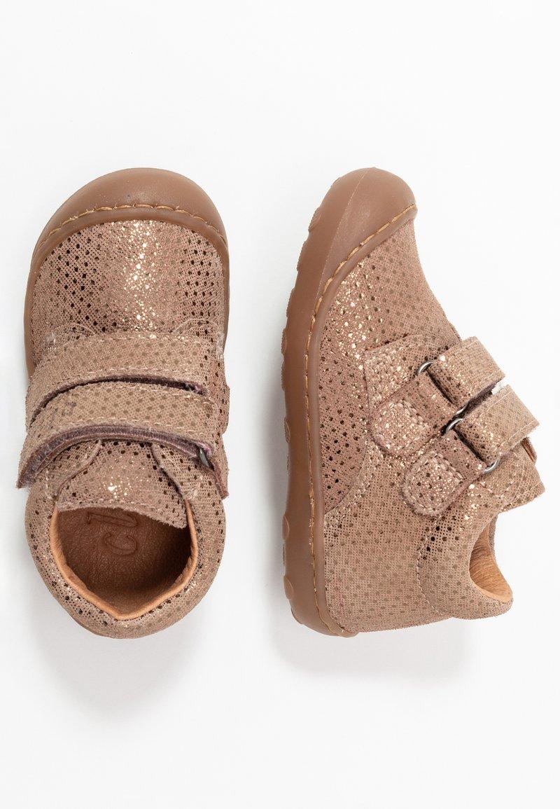 clic! - Chaussures premiers pas - beige