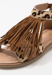 clic! - Sandaler - beig/basket cognac - 2