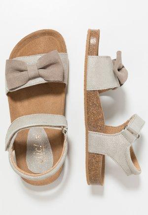 Sandales - ifrit/ceniza