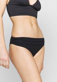 Cyell - Braguita de bikini - caviar - 0