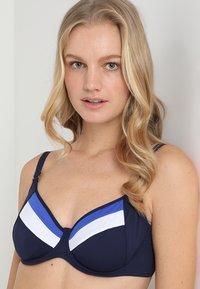 Cyell - ATLANTIC WIRED - Bikinitop - blue - 3