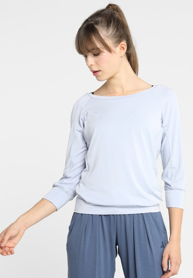 Long sleeved top - grey dawn