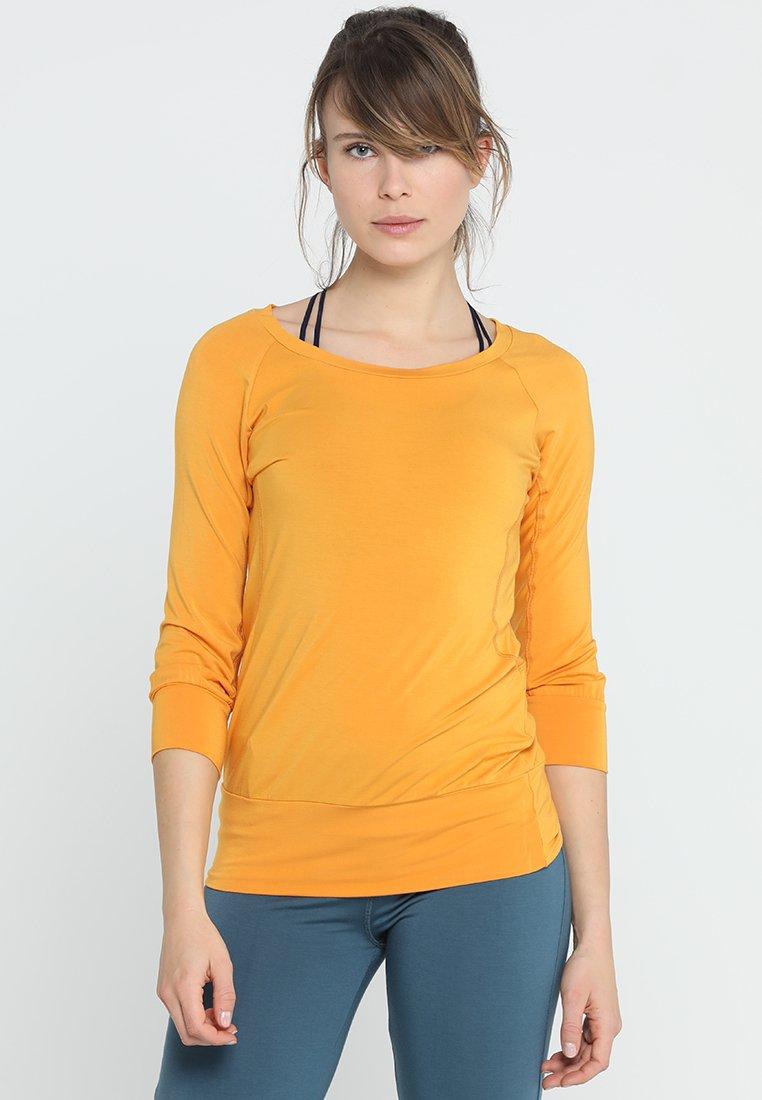 Curare Yogawear - Bluzka z długim rękawem - aprikose