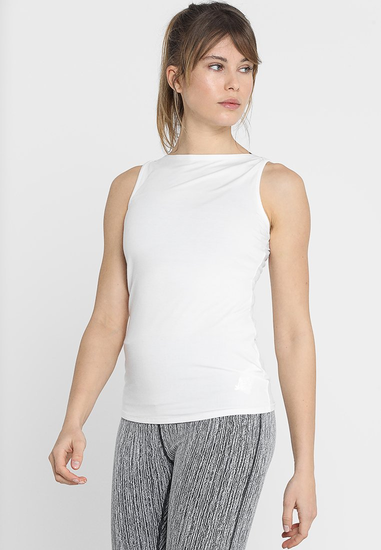 Curare Yogawear - TANK BOAT NECK - Topper - white