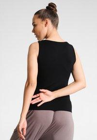 Curare Yogawear - TANK BOAT NECK - Top - black - 2