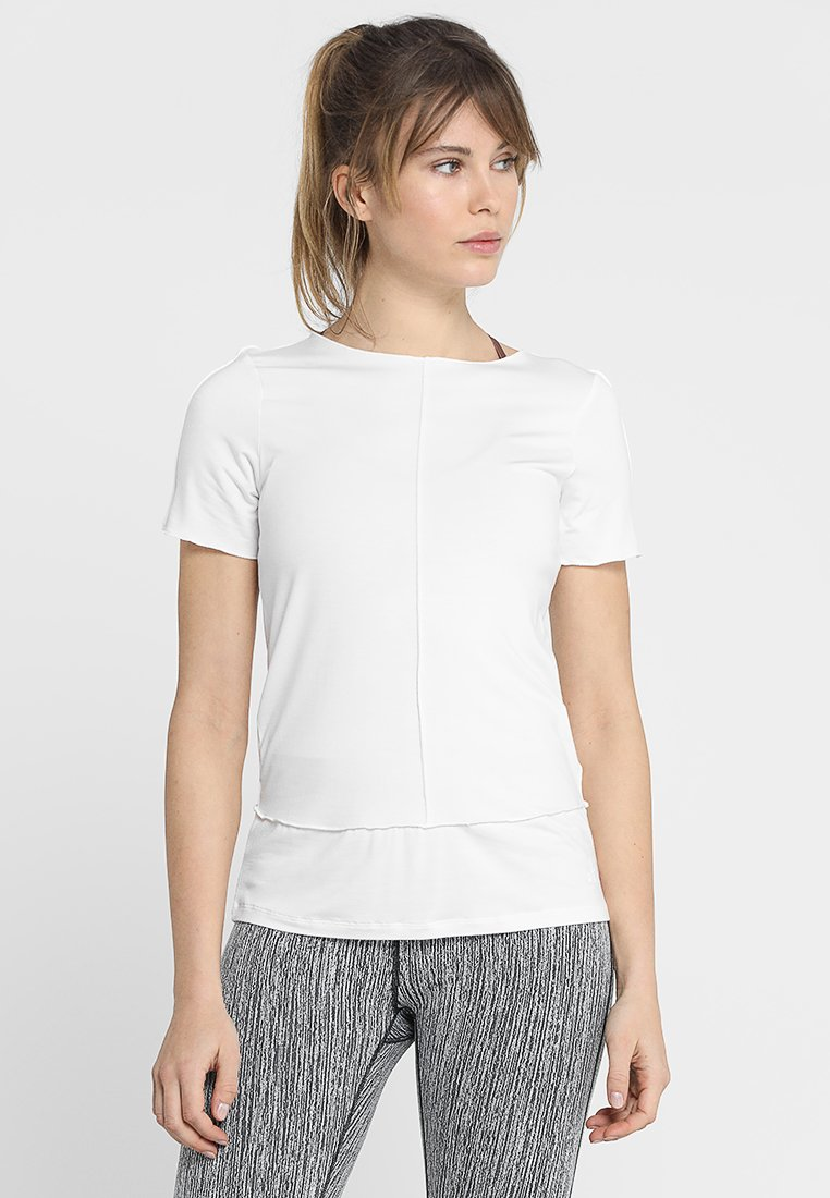 Curare Yogawear - KURZARM BIESEN - T-shirts basic - white