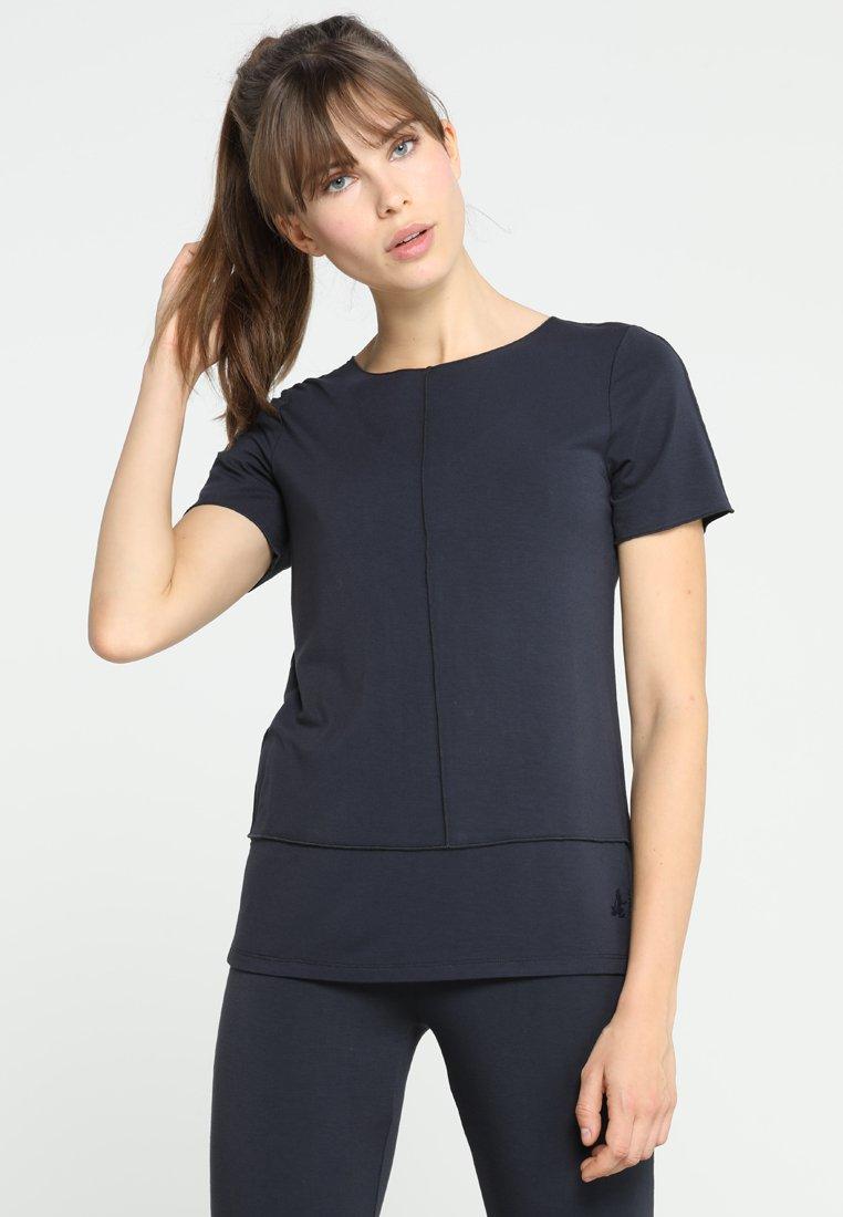 Curare Yogawear - KURZARM BIESEN - T-shirts basic - midnight-blue